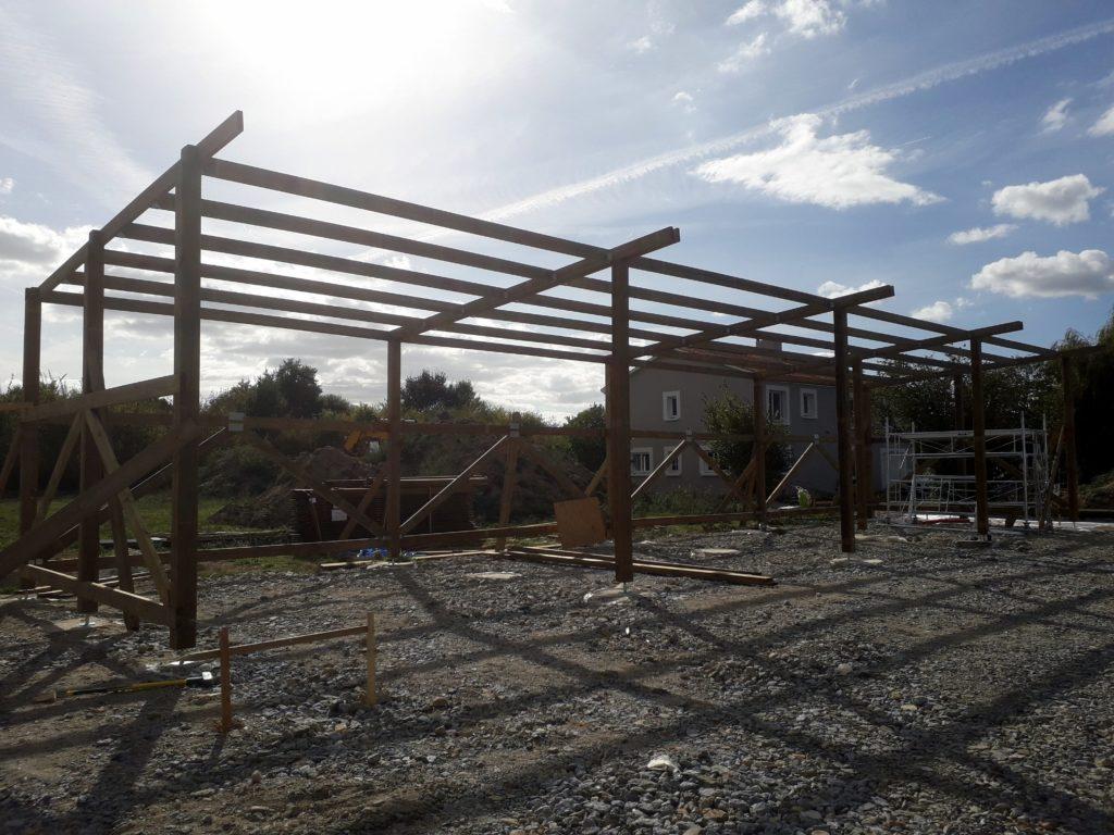 Construction en bois : Box pour chevaux